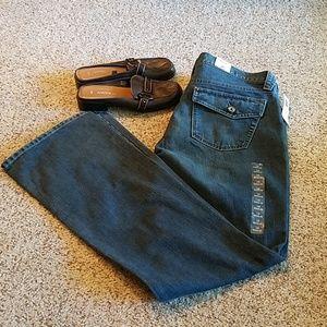 GAP original low rise bootcut jeans, back flap NWT